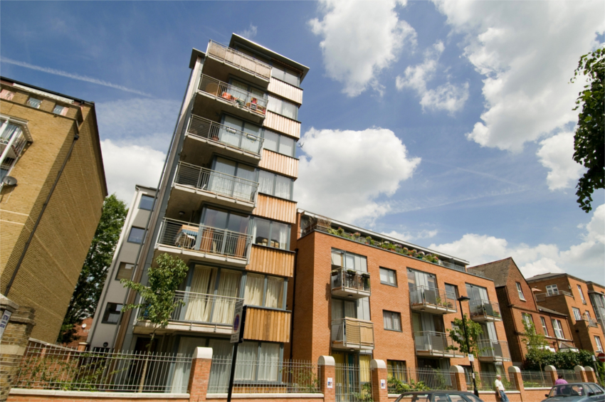 In the heart of London, CDS Co-operatives has recently completed the Lithos Road Housing Co-op, which includes 13 rental units and nine shared equity units. In the latter, after the example of tenant ownership co-ops in Sweden (and unlike Canadian housing co-ops), the tenant-members build equity in the co-op through their monthly payments. This mixture of rental and shared equity is how MHOS are likely to function in big cities. Photo courtesy of CDS Co-operatives, www.cds.coop.